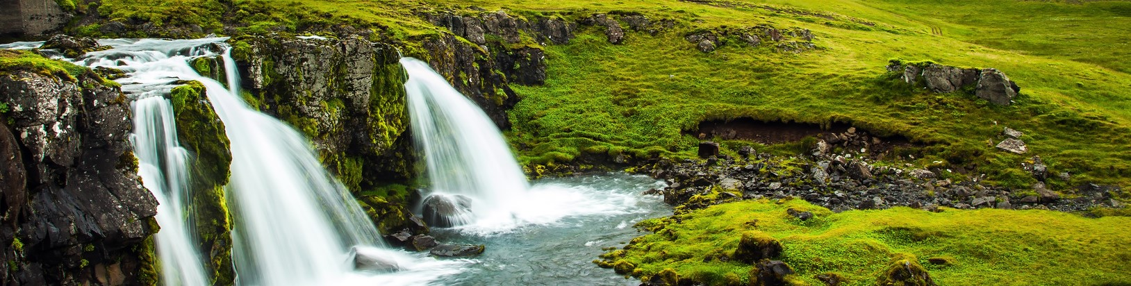 The most famous mountain in Iceland is Kirkjoufell. At the foot of the mountain cascading waterfalls Kirkjoufellfoss. The concept of exotic and extreme tourism